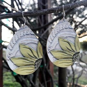 Jewelry - Leather Sunflower Earrings - White
